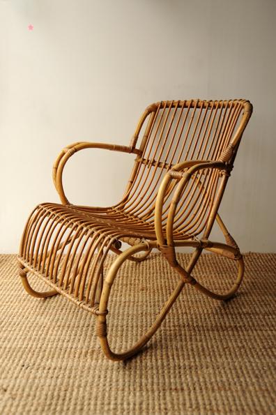 rocking chair en rotin l 39 atelier de niguedouille. Black Bedroom Furniture Sets. Home Design Ideas